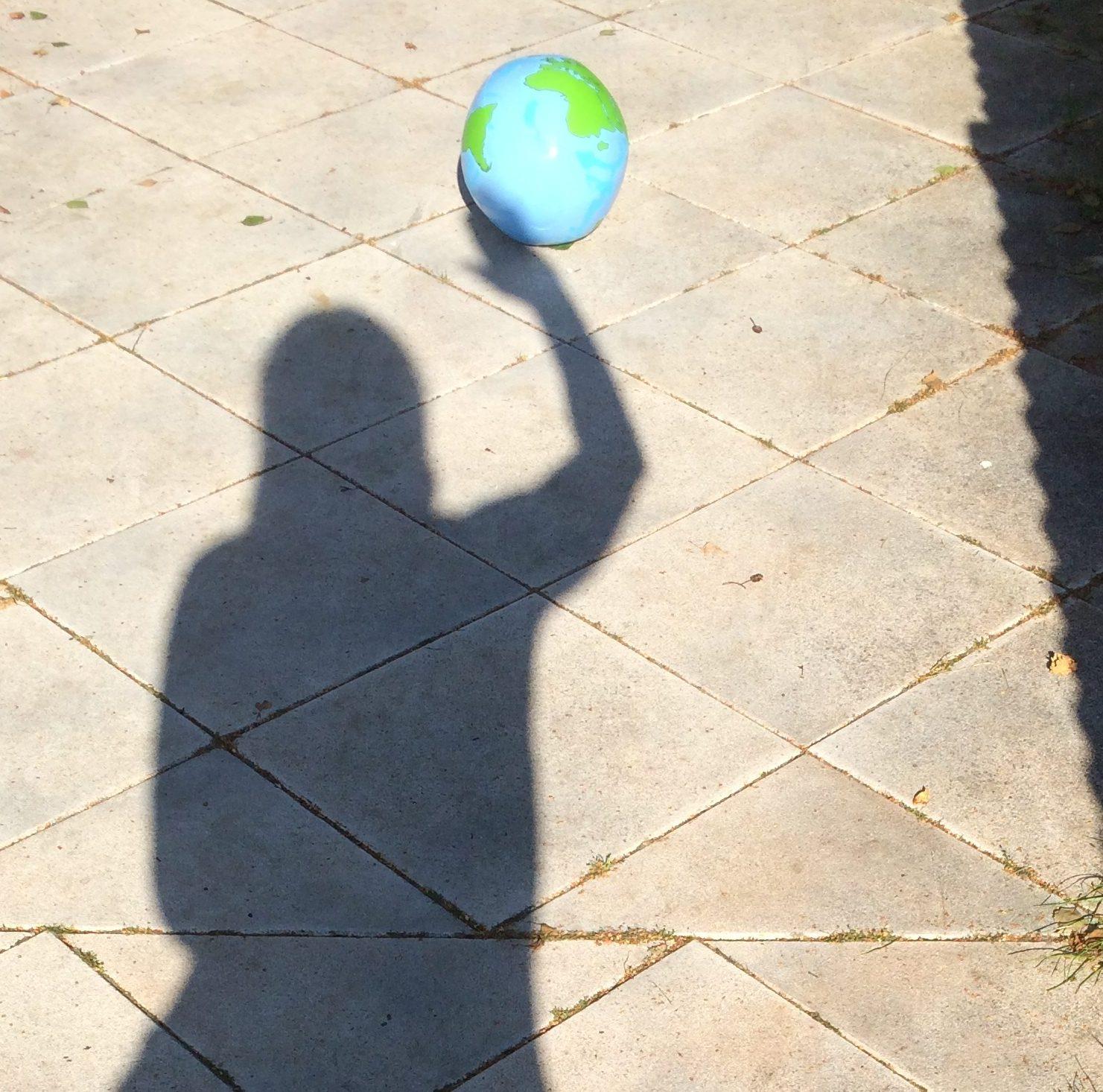 Schattenspiel_schützt die Erde