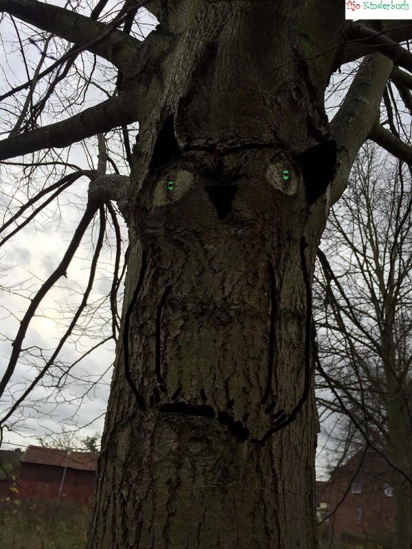 große Baum Eule