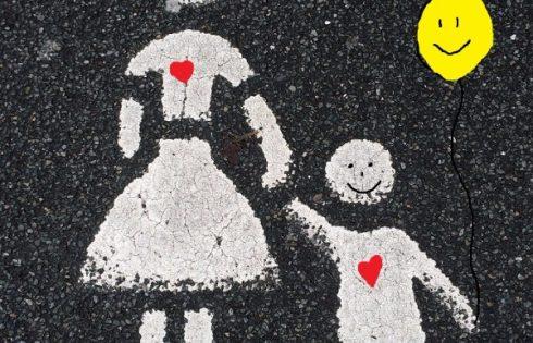 Ikea street art Mutter und Kind